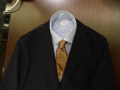 スーツ (1).JPG